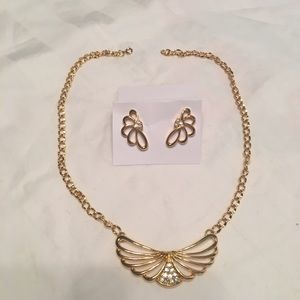 Vintage Avon Rhinestone Necklace & Earring Set